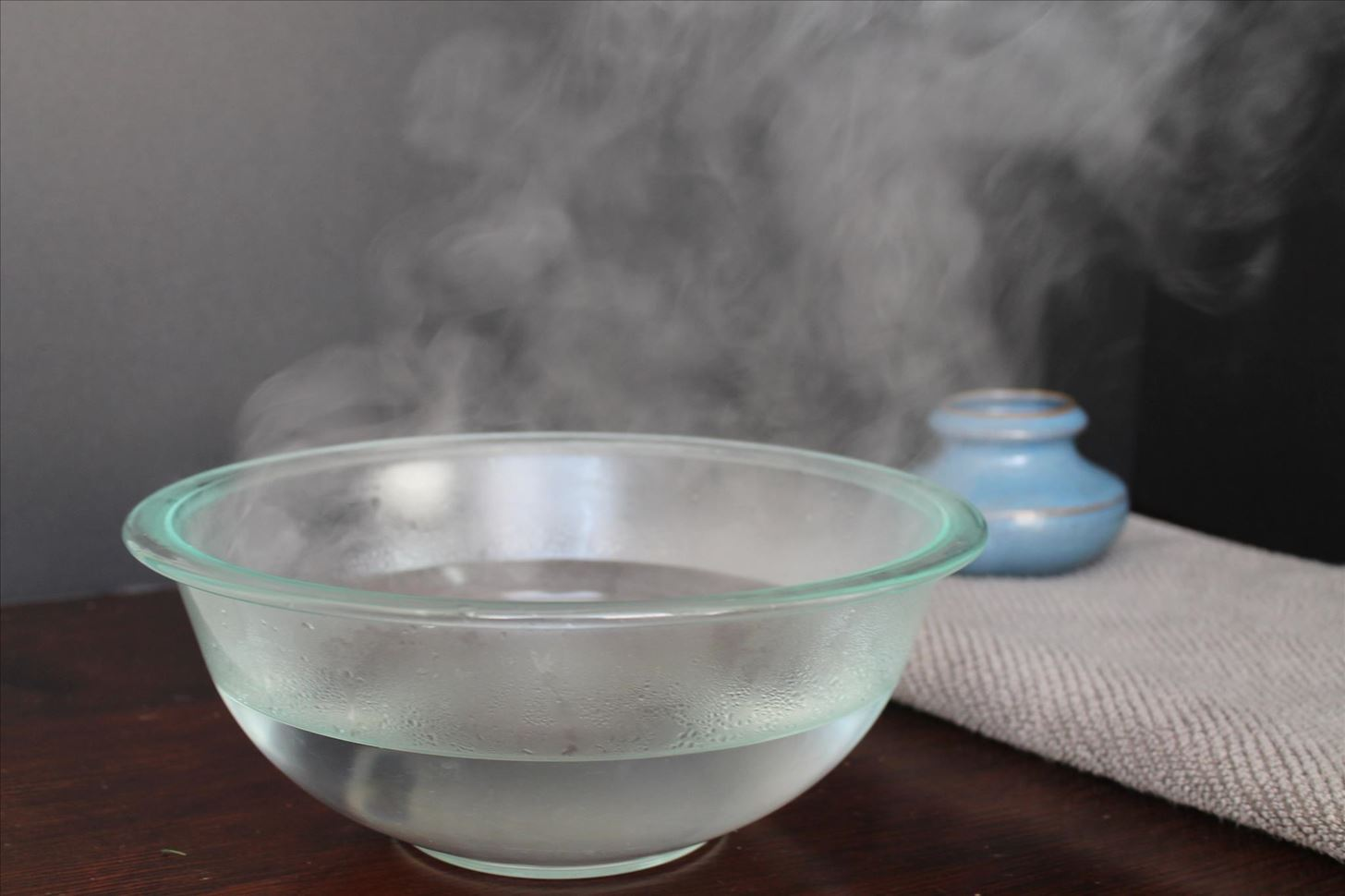 Why You Should Use Boiling Hot Water for Faster Ice Cubes